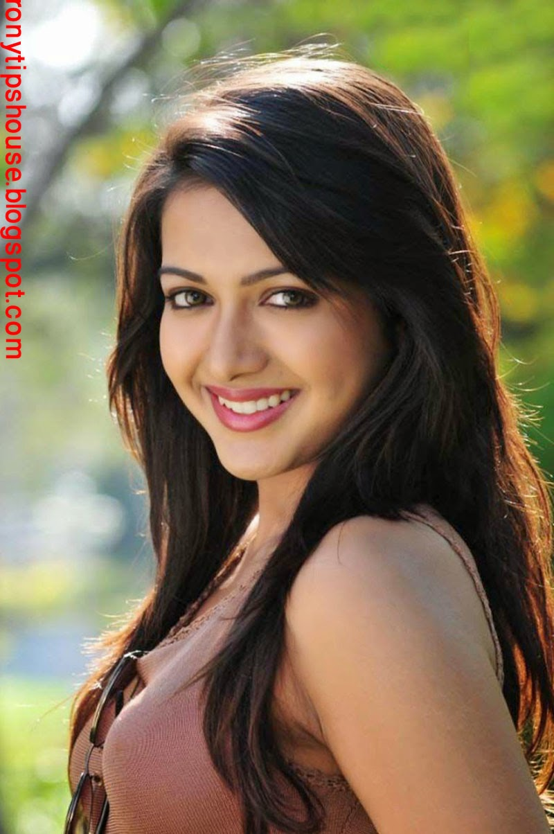 All Actress Biography And Photo Gallery : Catherine Tresa ...