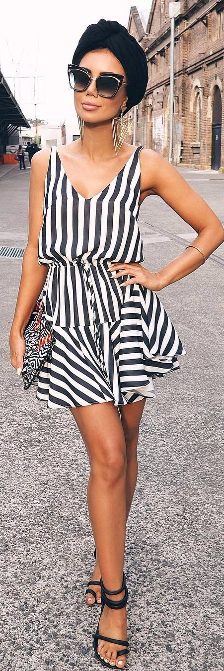 summer outfit idea: sunnies + stripped romper