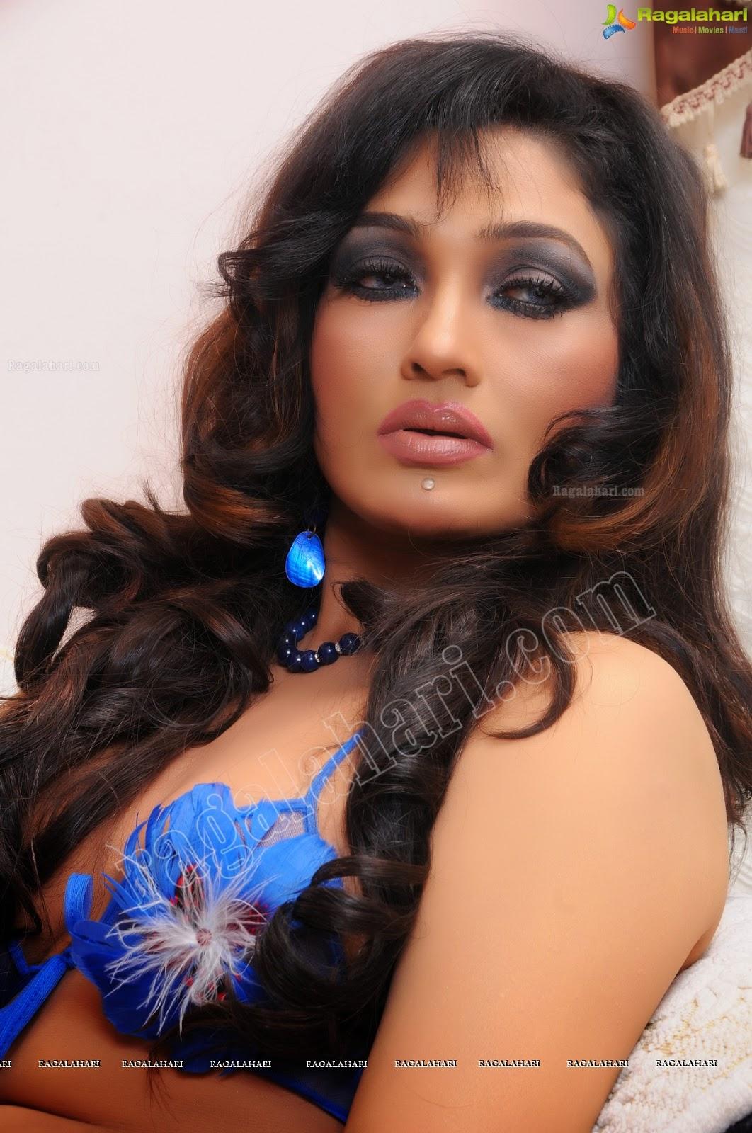 Hacked Ramya Sri nude (41 foto) Tits, Instagram, braless