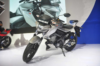 Suzuki GSX-S150 naked bike 0