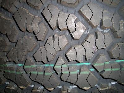 pneus engins TP