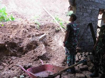 Bambang Sugiyarta Tinjau 4 Desa di Loloda yang Terdampak Longsor