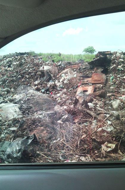denuncian-botadero-de-basura-en-accesos-la-pastora-machiques