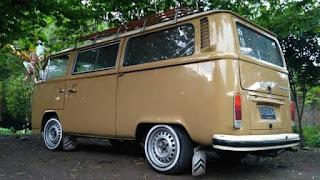 Bursa VW Klasik Dijual VW Kombi Jerman Alias Komjer 74