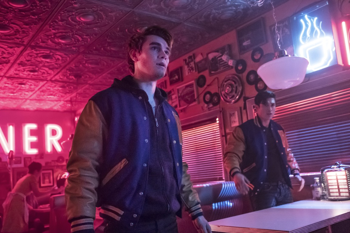Riverdale - Season 2 Episode 21: Chapter Thirty-Four: Judgment Night