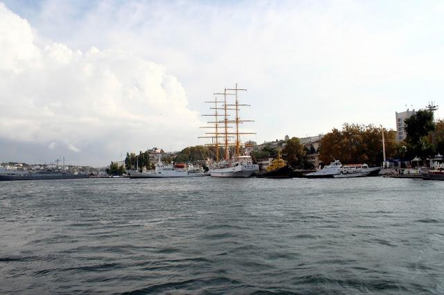 Южная бухта, Севастополь; Yuzhnaya Bay, Sevastopol; Південна бухта (Севастополь)
