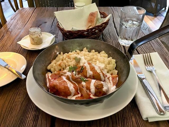 pollo-paprika-budapest