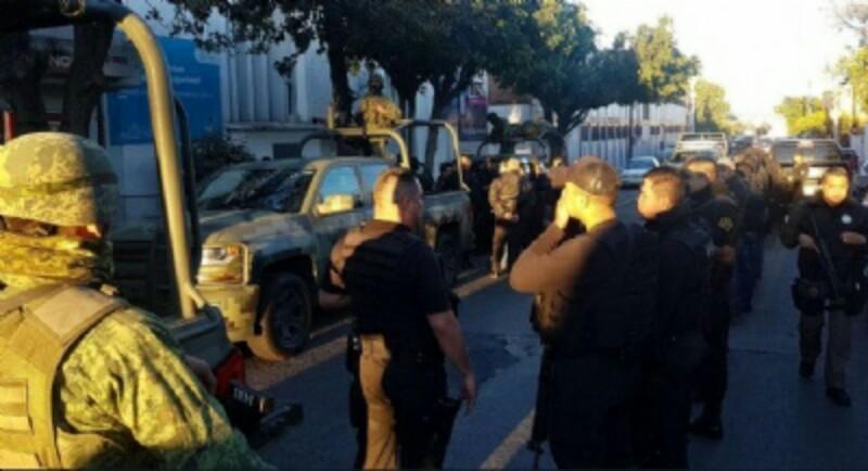 Ante posible infiltración del crimen, Ejército, PF y PGR intervienen la policía de Tlaquepaque, Jalisco