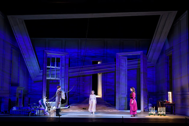 Olivia Fuchs' production of Richard Strauss: Der Rosenkavalier - Lucia Cervoni, Margaret Baiton, Louise Alder - WNO 2017 (photo Bill Cooper)