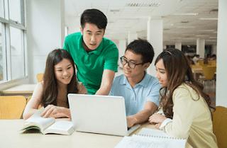 ManfaatTeknologi Untuk Generasi Muda