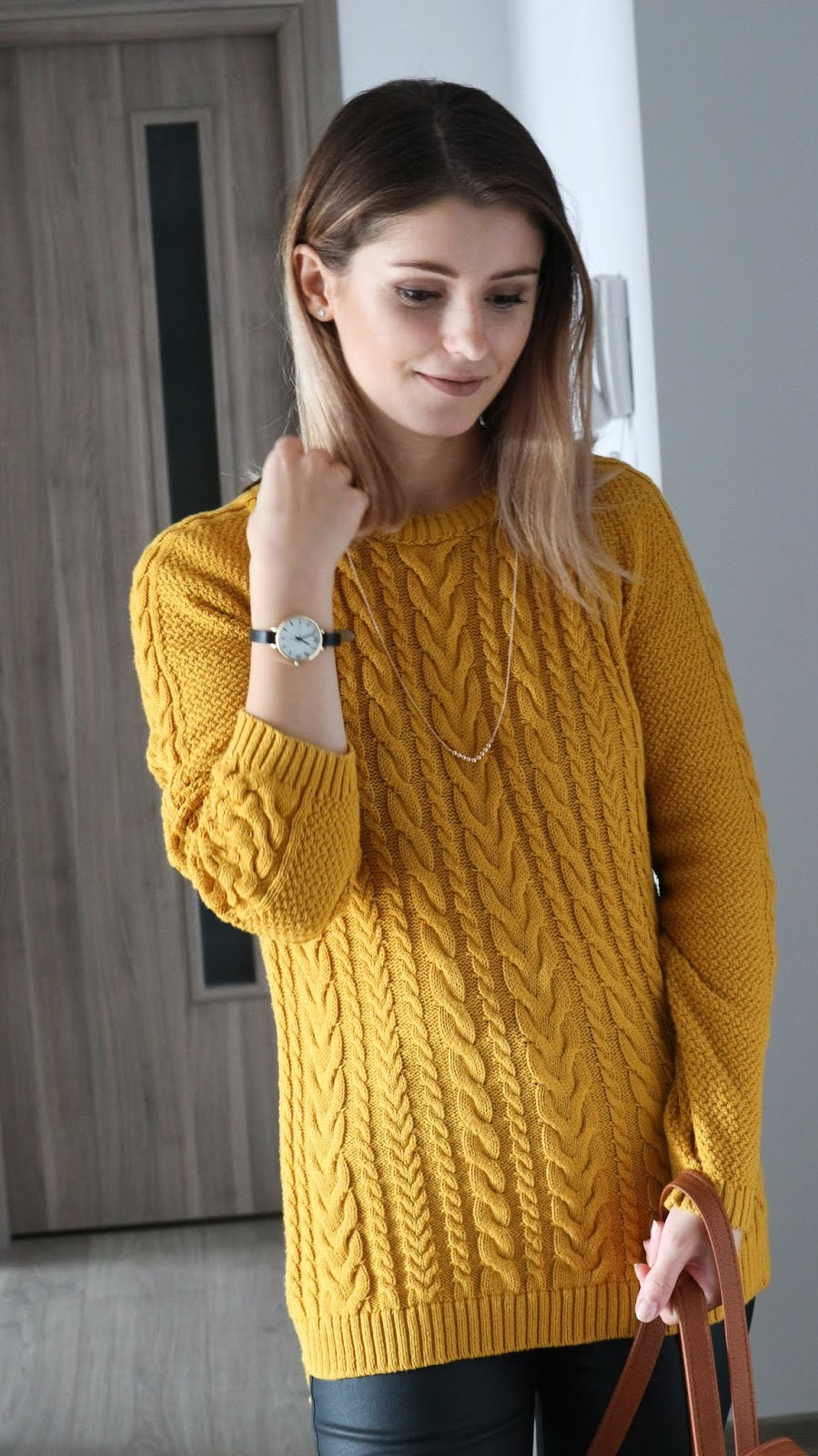 mustard sweater outfit with accessories