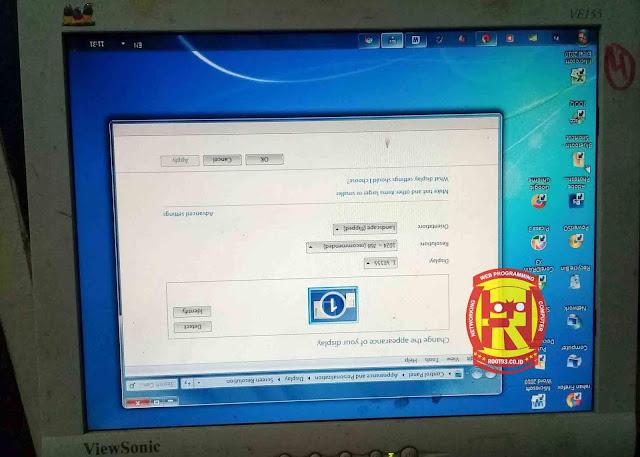 Cara Membuat Layar Komputer Windows Miring atau Terbalik