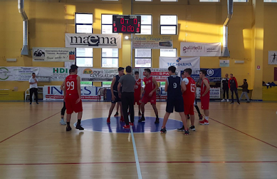 Basket, under 16: Athena Club in scioltezza.