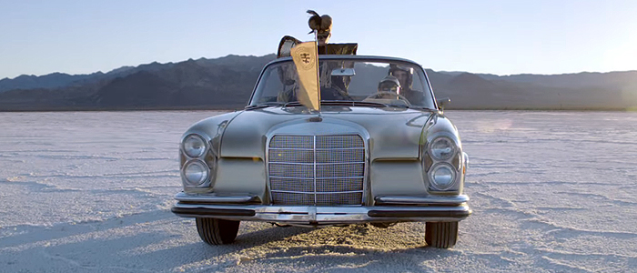 Swedish House Mafia - Greyhoundのプロモに登場するのは、メルセデス・ベンツ W111