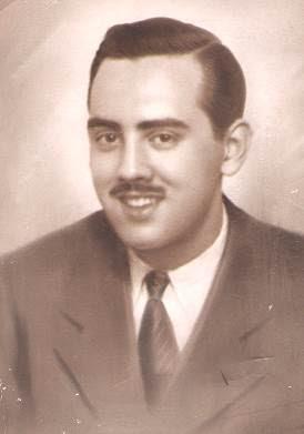 Lorenzo Ponce Sala, ahora con bigote