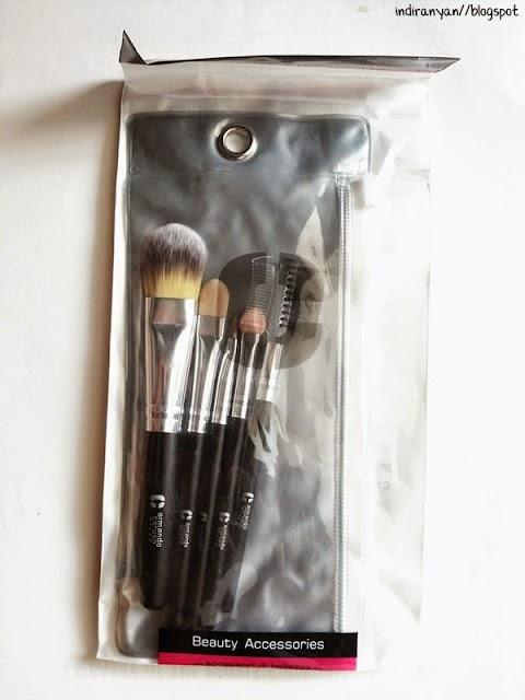 [TOOLS] Armando Caruso - #B505 Travel Essential Brush Set