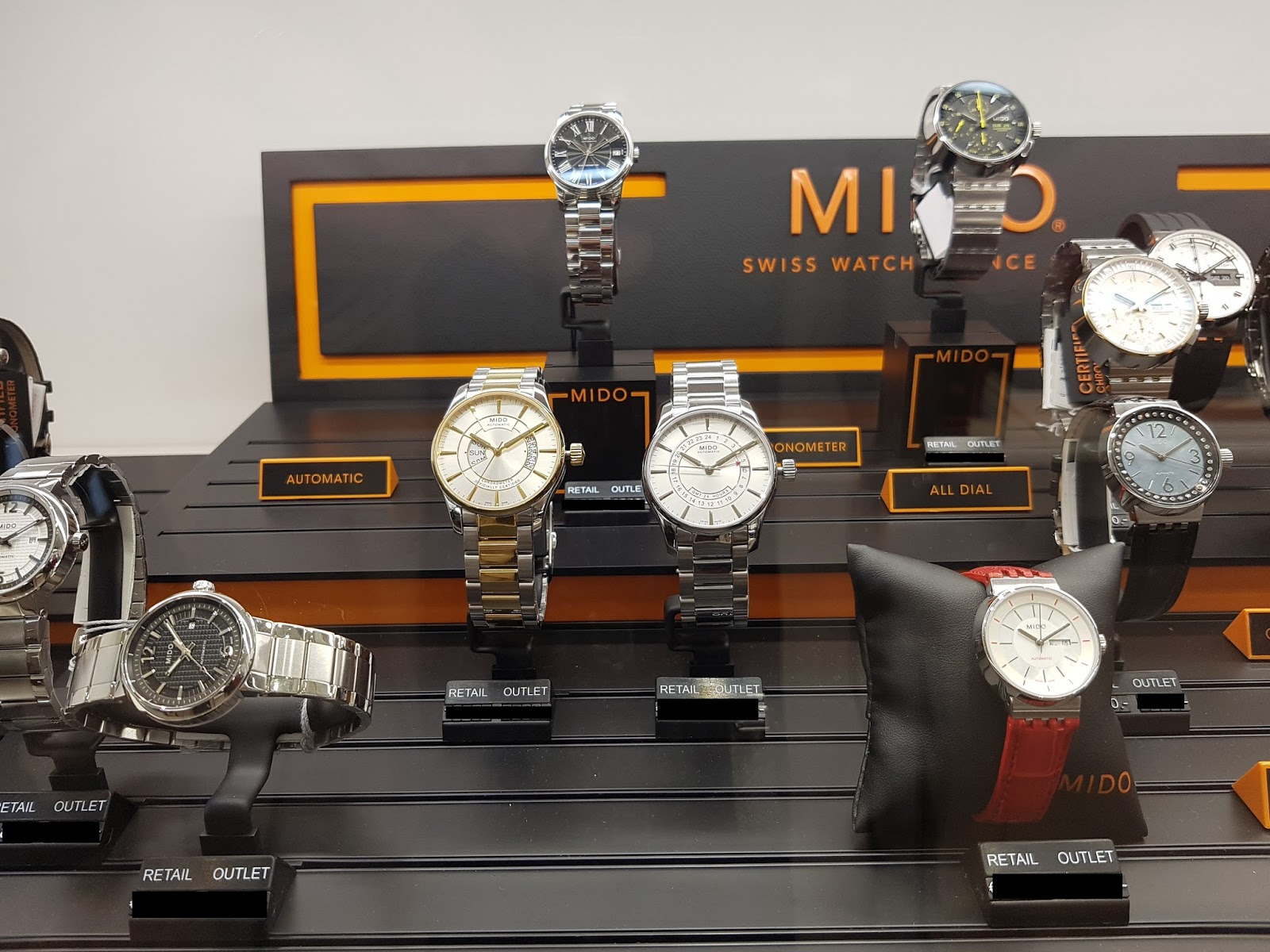 New boutique opening The HOUR PASSION Metzingen Watch I Love