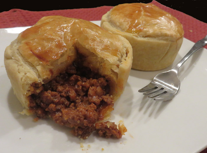 Fast Meal, Easy Meal: Aussie Meat Pie