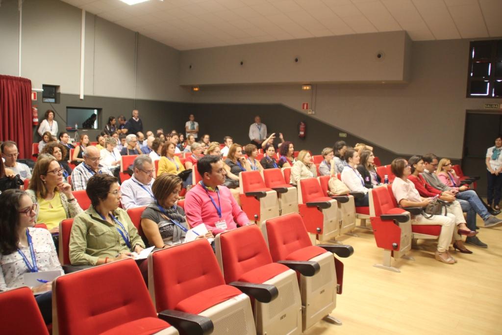 Fuerteventura reune casi 140 especialistas en el cuidado de mayores ...