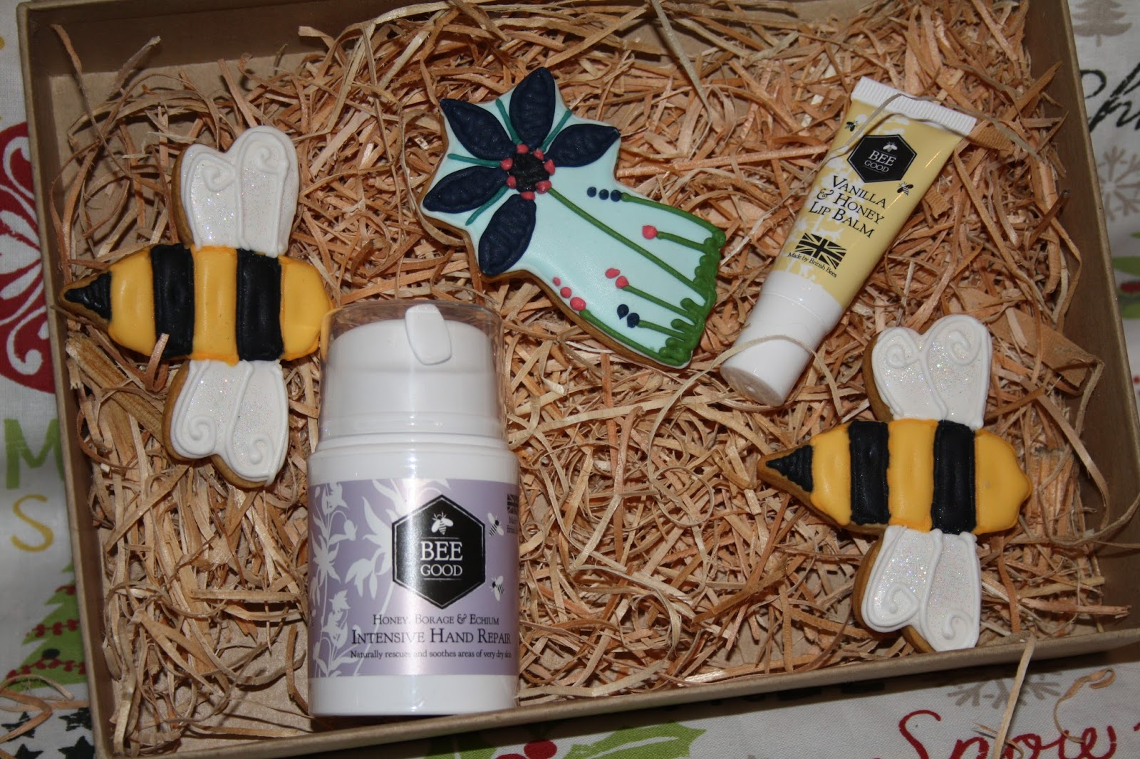 Bee Good Bee Pampered Contents