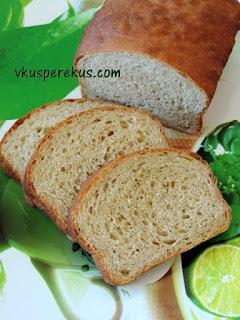 хлеб из цельнозерновой муки с медом