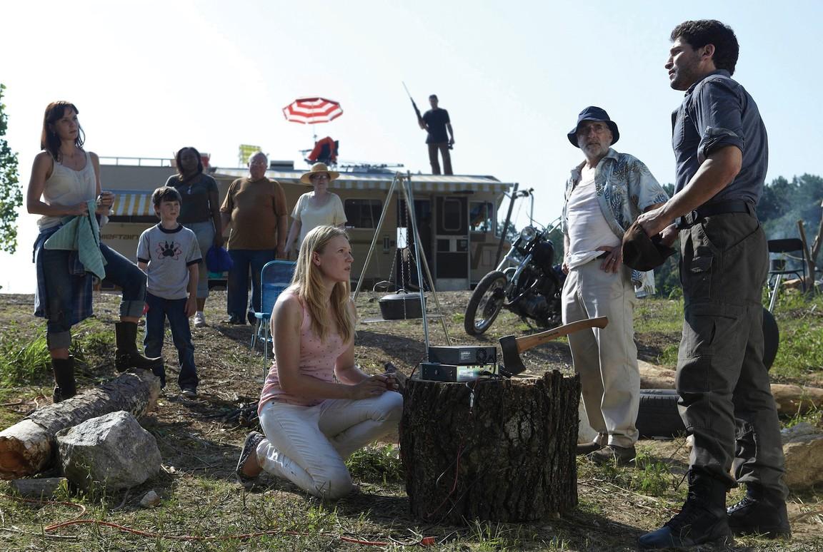 The Walking Dead - Season 1 Episode 01: Days Gone Bye