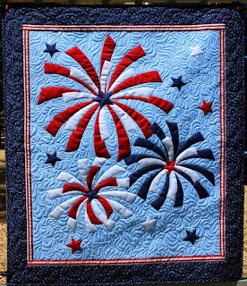 Fireworks wall hanging quilt