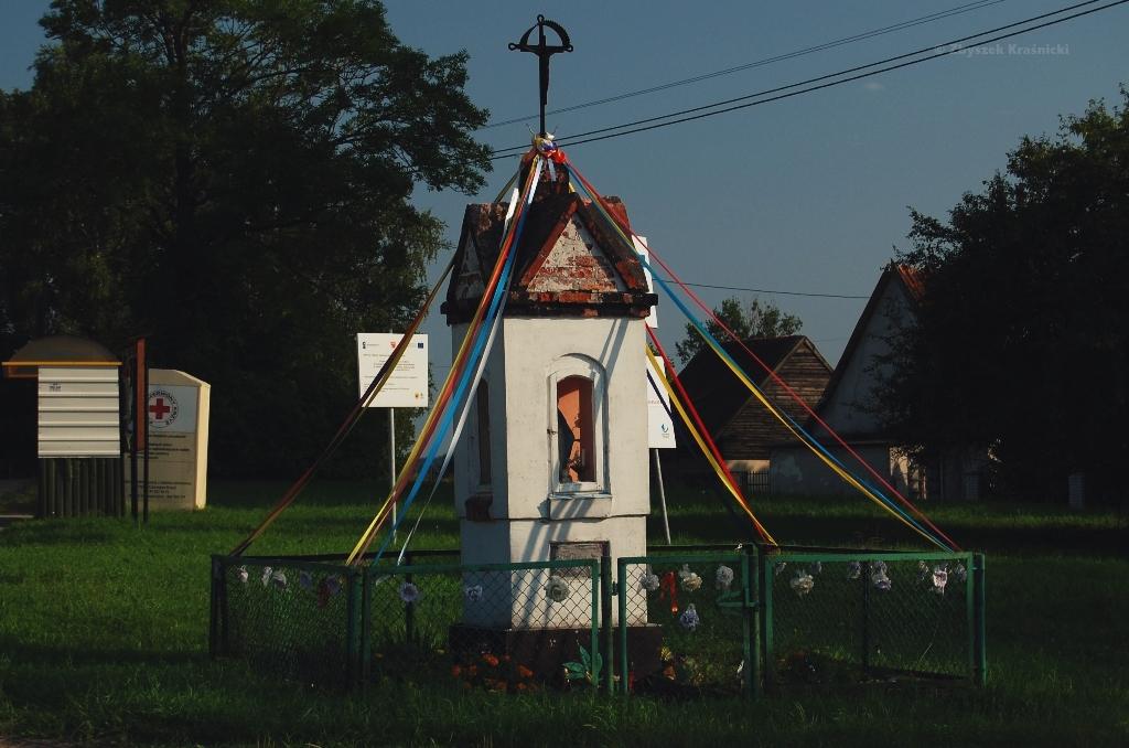Dwa miejsca zamieszkane przez melancholię – na Mazurach cmentarz ewangelicki w Pasymiu