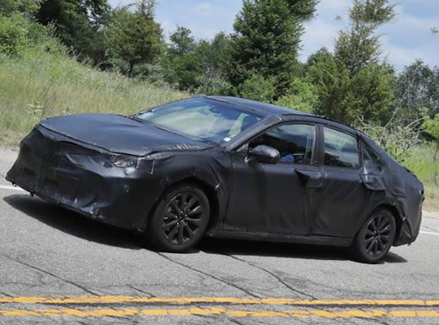 2018 Toyota Camry Spy Photos