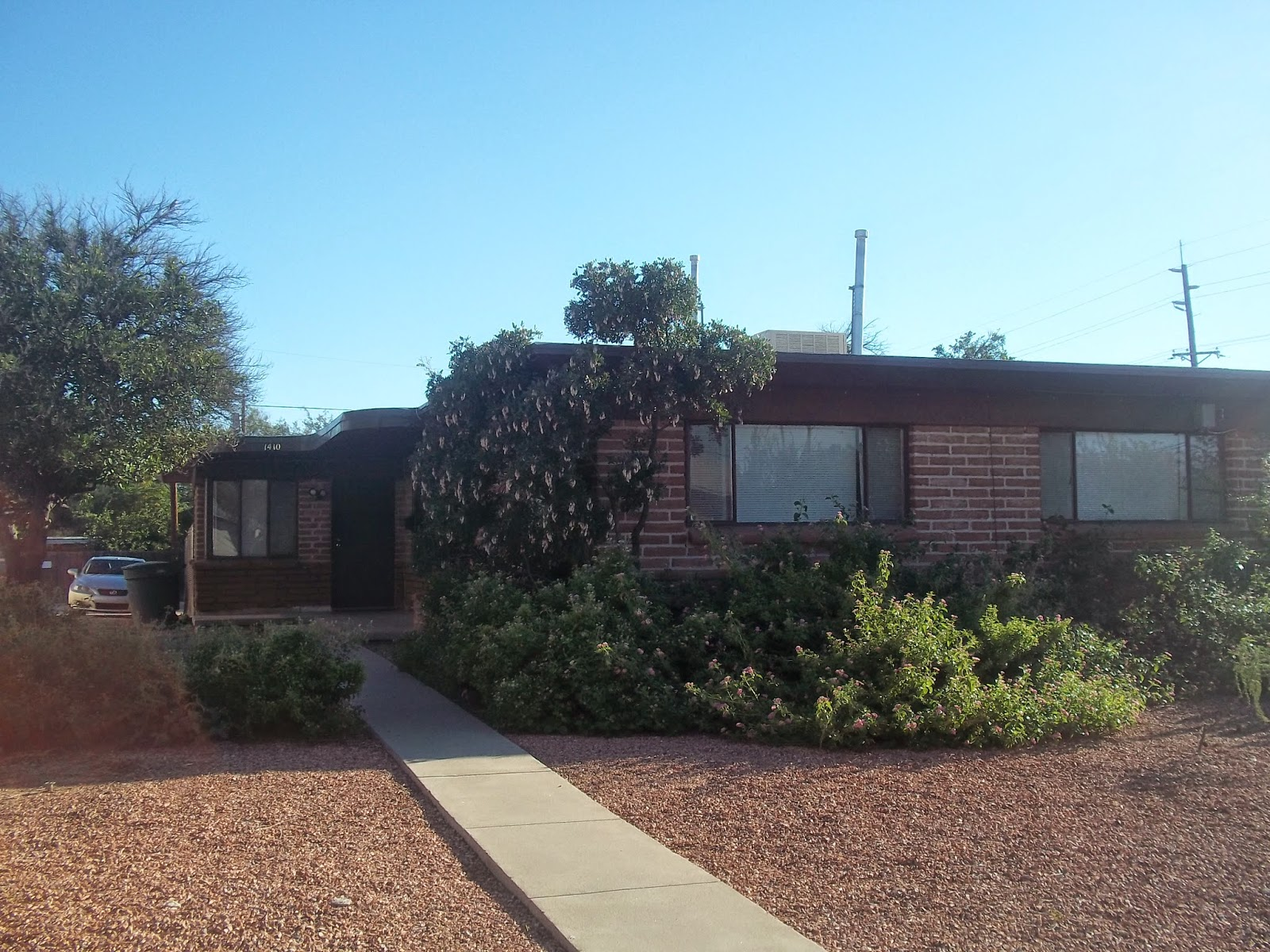 Front Door Tucson: UA Area Duplex Just Two Blocks from the