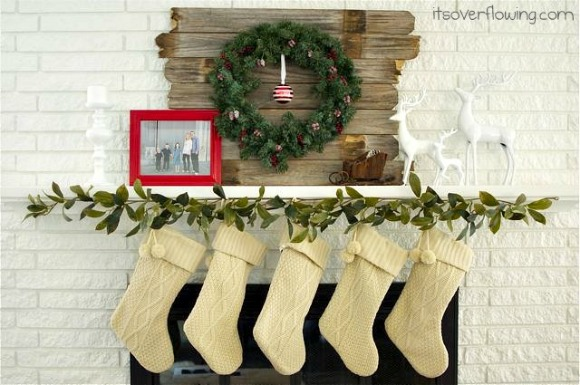 Christmas Stockings in a Row {Holiday Photo Tips & Ideas}