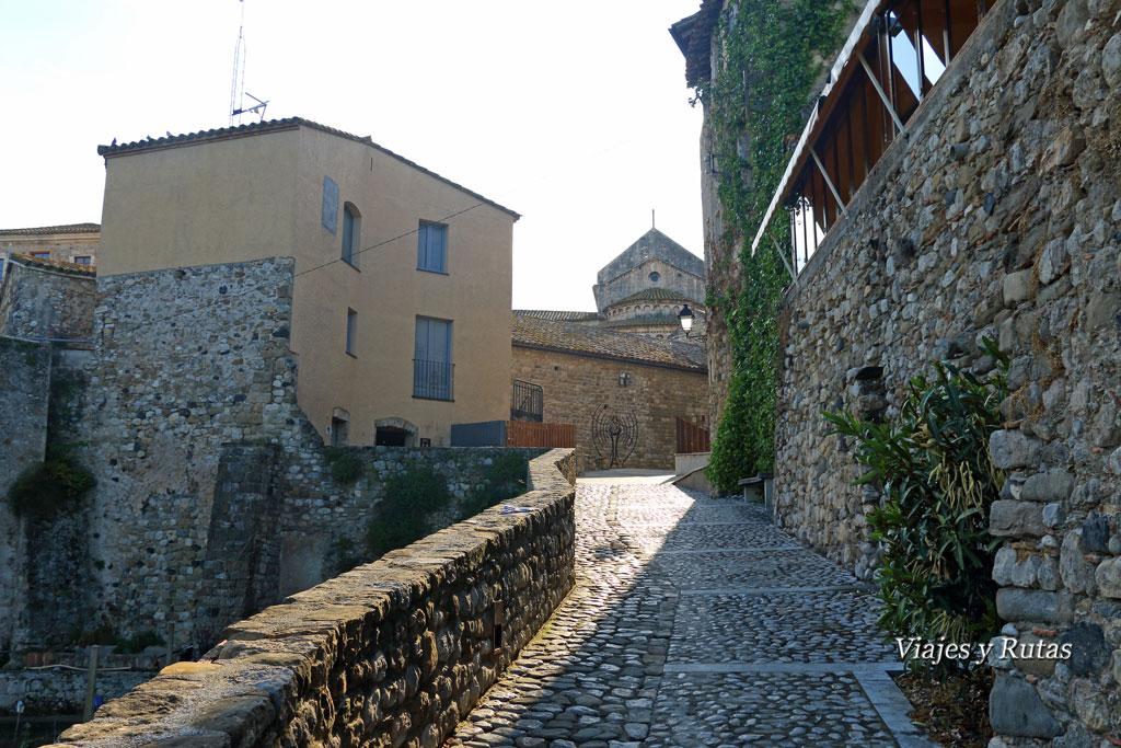 Carrer del Portalet, Besalú, Girona
