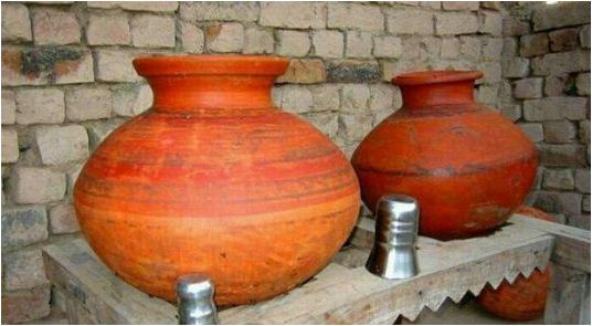 Why Does Water stay Cool in Clay Pot