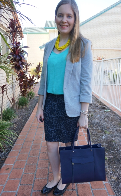 grey jersey blazer, bright turquoise tank, jacquard pencil skirt, navy tote Summer officewear | awayfromblue