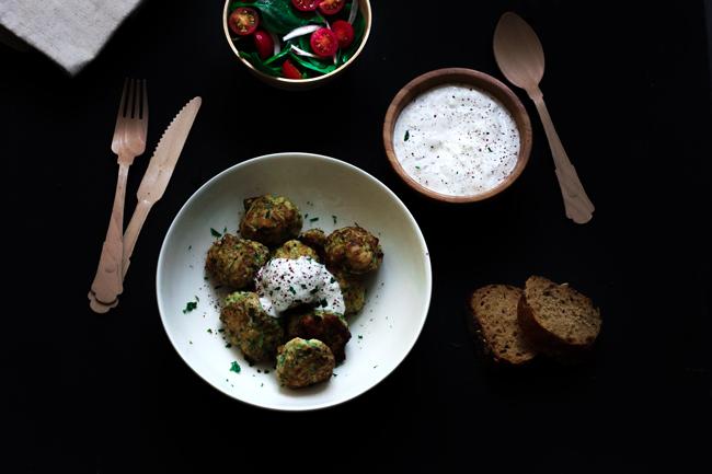 albóndigas-pollo-calabacin-cebolla-tierna-comino-yotam-ottolenghi-cooking-the-chef