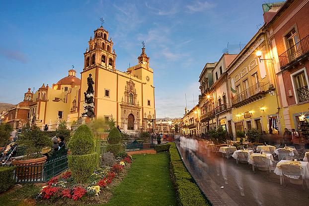 tourisme au mexique l on est une ville dans l 39 tat mexicain de guanajuato. Black Bedroom Furniture Sets. Home Design Ideas