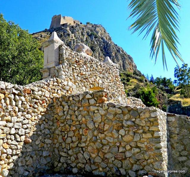 Posto de controle de acesso à Fortaleza de Palamidi em Nafplio, Grécia