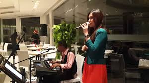 Penyanyi Keyboard, Antara Hobby Dan Penghasilan