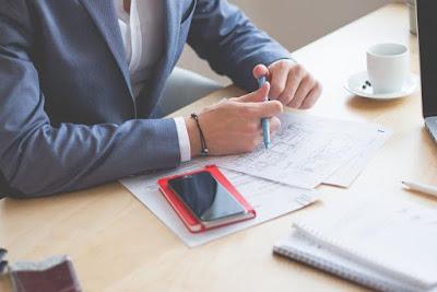 تفسير حلم رؤية العمل والوظيفة في المنام لابن سيرين مجلة رجيم
