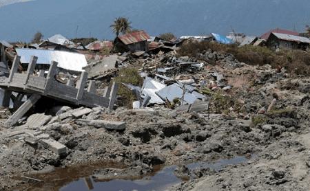 Puisi Bencana Alam Air Mata Di Batas Senja Oleh Faa