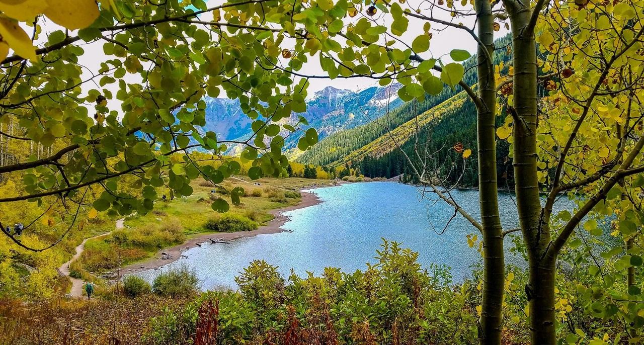 "<img src  Rocky Mountains.jpg"" lt="" http://dailytravelexperience.blogspot.rs/"" />"
