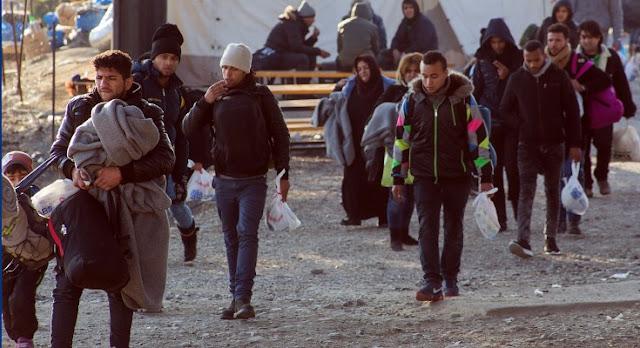 Βόλος: Σπίτι και δουλειά για δύο οικογένειες Σύρων από τις εγκαταστάσεις του «Μόζα» - 20.000 οι άνεργοι στην περιοχή