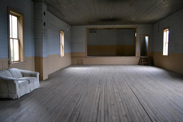 Фратерніті Холл. Місто-привид Елкхорн, Монтана (Fraternity Hall. Elkhorn, Montana)