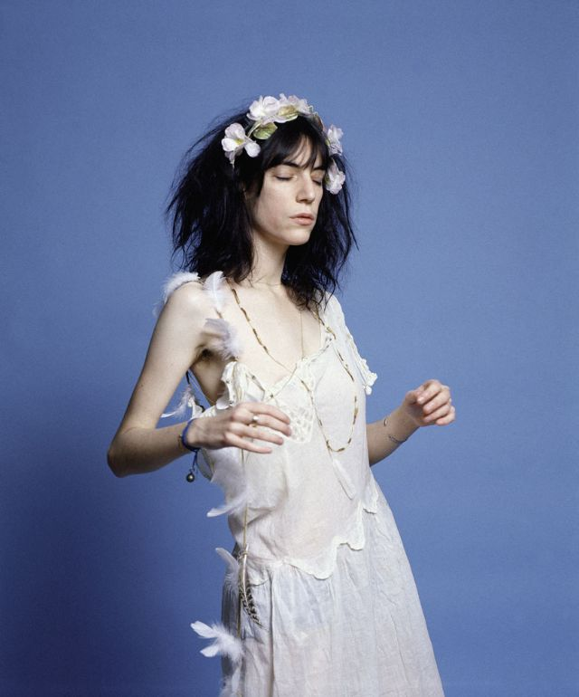 Wonderful Color Photos of Patti Smith in White Dresses ...