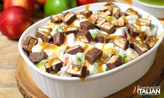 http://theslowroasteditalian-printablerecipe.blogspot.com/2016/10/snickers-caramel-apple-cheesecake-salad.html