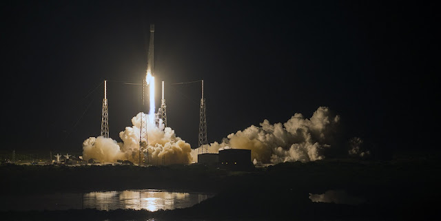 Falcon 9 launches the JCSAT-16 satellite on Aug. 14. Credit: SpaceX