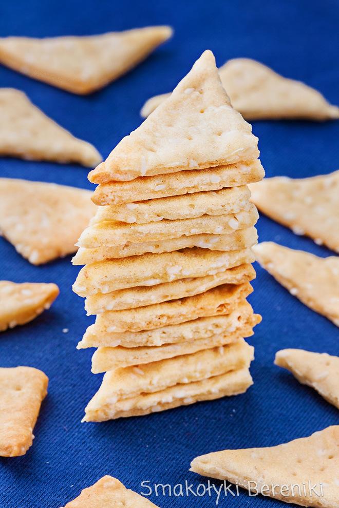 mini krakersy z sezamem