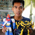 Meet Elmer Padilla: The Master Creator of Action Figures Made from Recycled 'Tsinelas'