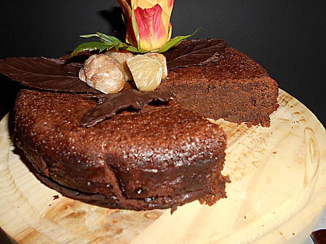 Bolo de castanhas e chocolate