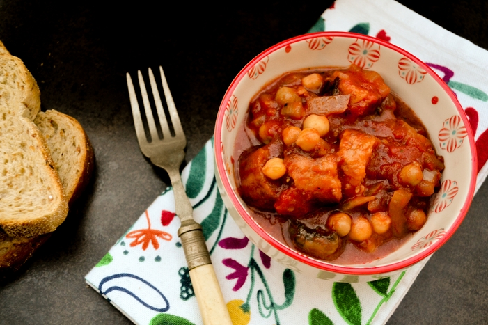 Slow Cooker Veggie Sausage, Mushroom & Chickpea Stew